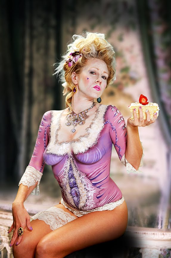 Bombshell Body Art: HAVE YOUR CAKE AND EAT IT TOO!