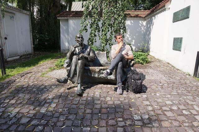 Monumento a Jan Karski de Cracovia
