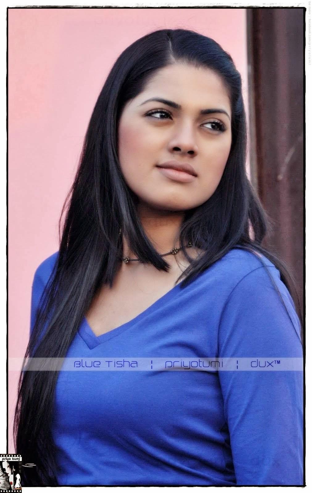 Nusrat Imroz Tisha Bd Model Hot  Sexy Wallpaper Picture -9578