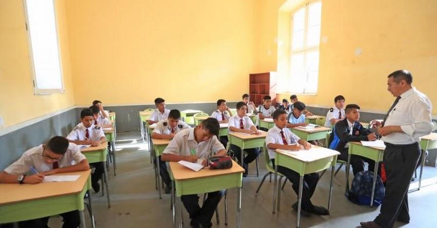 DECRETO DE URGENCIA: Presupuesto para el 2020 permitirá elevar a S/ 2,400 sueldo básico de maestros en la primera escala magisterial