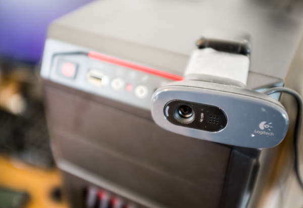 How to use an old PC and webcam to create a home-security hub