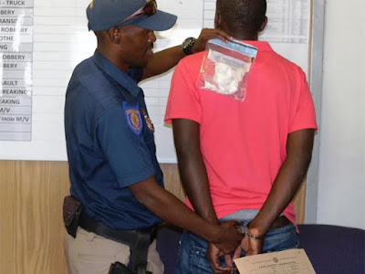 South Africa EMPD Drug Enforcement Unit arrested a 30-year-old Nigerian national for possession of drugs worth R3 000
