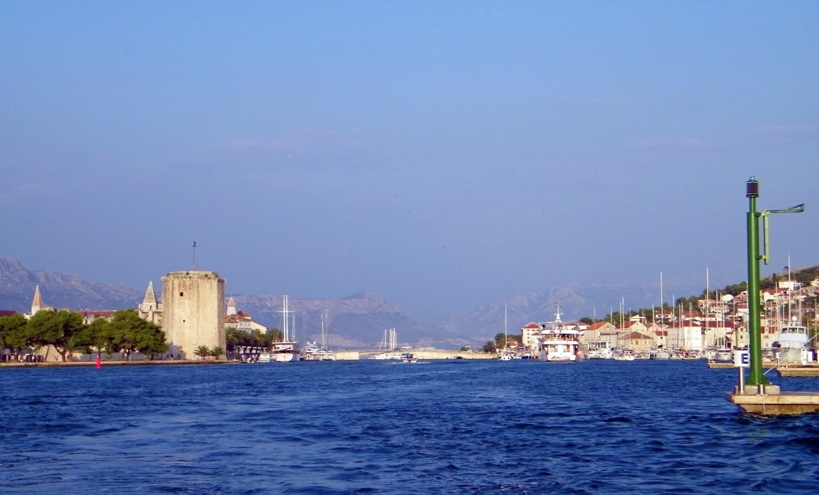 Trogir - Port - Wodna taksówka