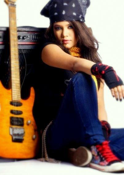 Mila Islam Bangladeshi Singer Tops