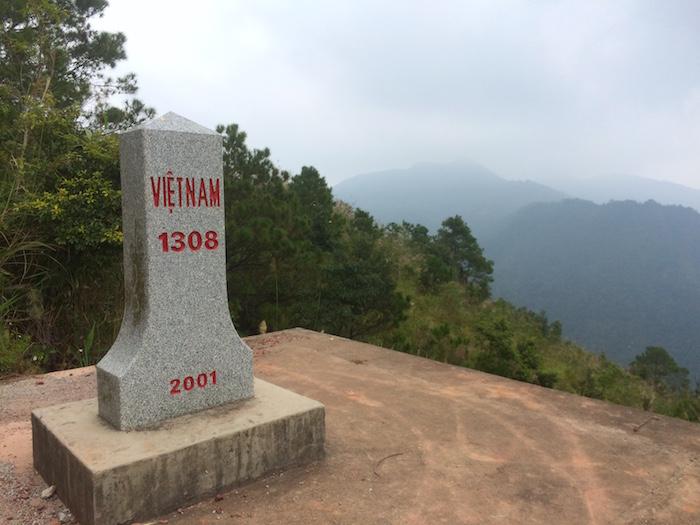 Cột mốc biên giới Việt - Trung số 1308 trên đường tuần tra biên giới Đông Bắc