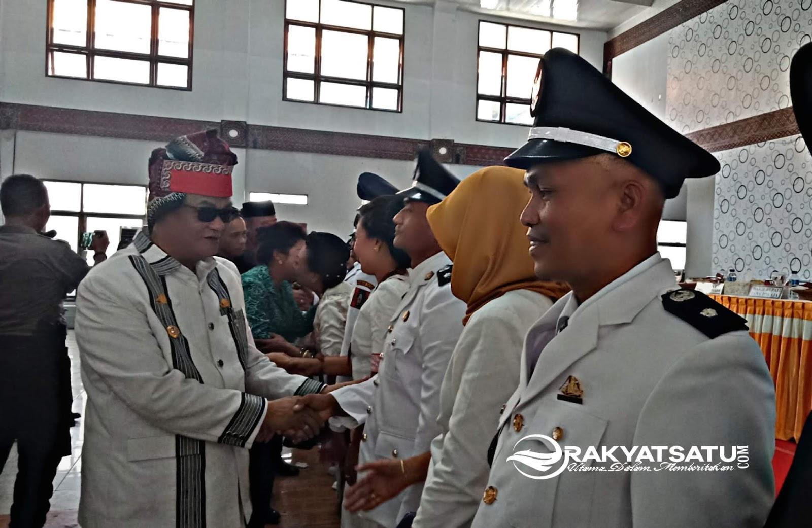 Delapan Kepala Lembang Tana Toraja Dilantik, Nico: Jangan Korupsi