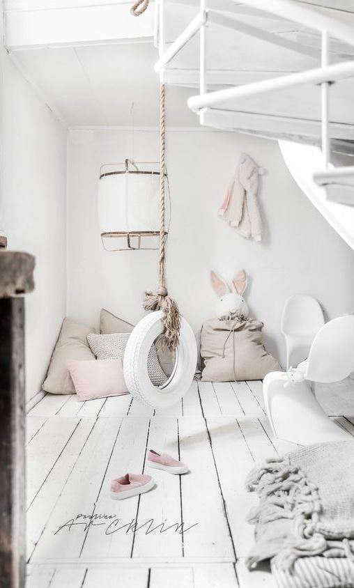 A TIRE SWING STYLING FOR A LITTLE GIRL