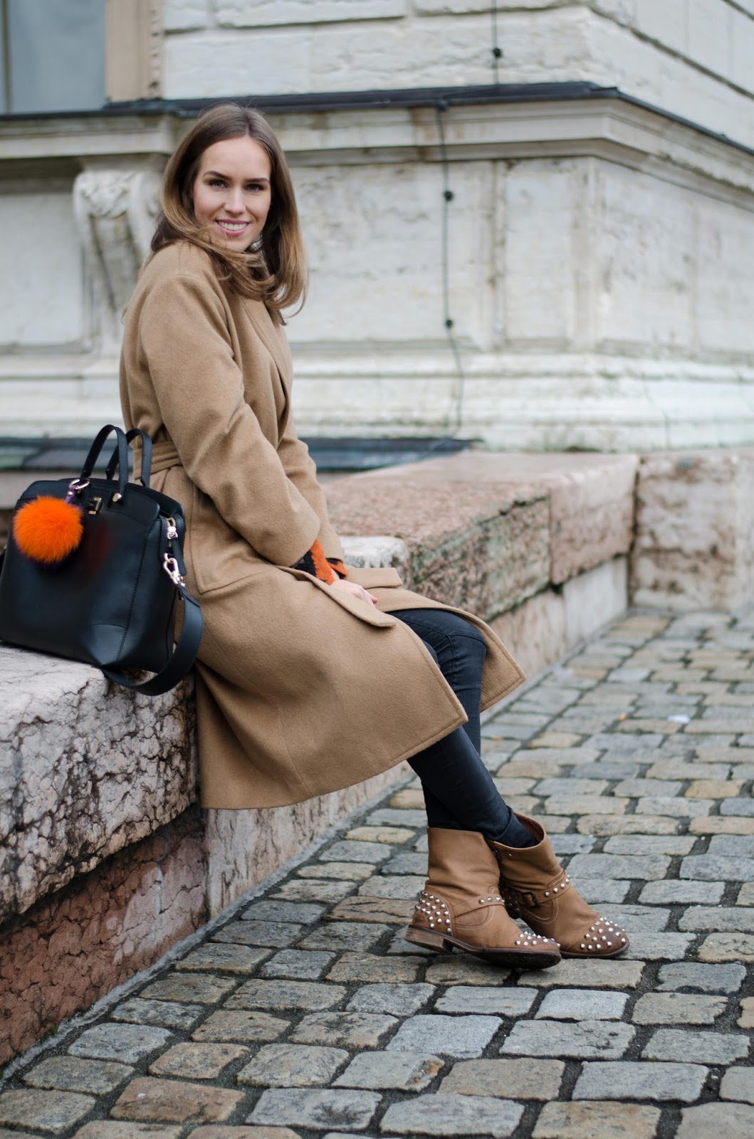 kristjaana mere casual minimal winter style camel black jeans ankle boots