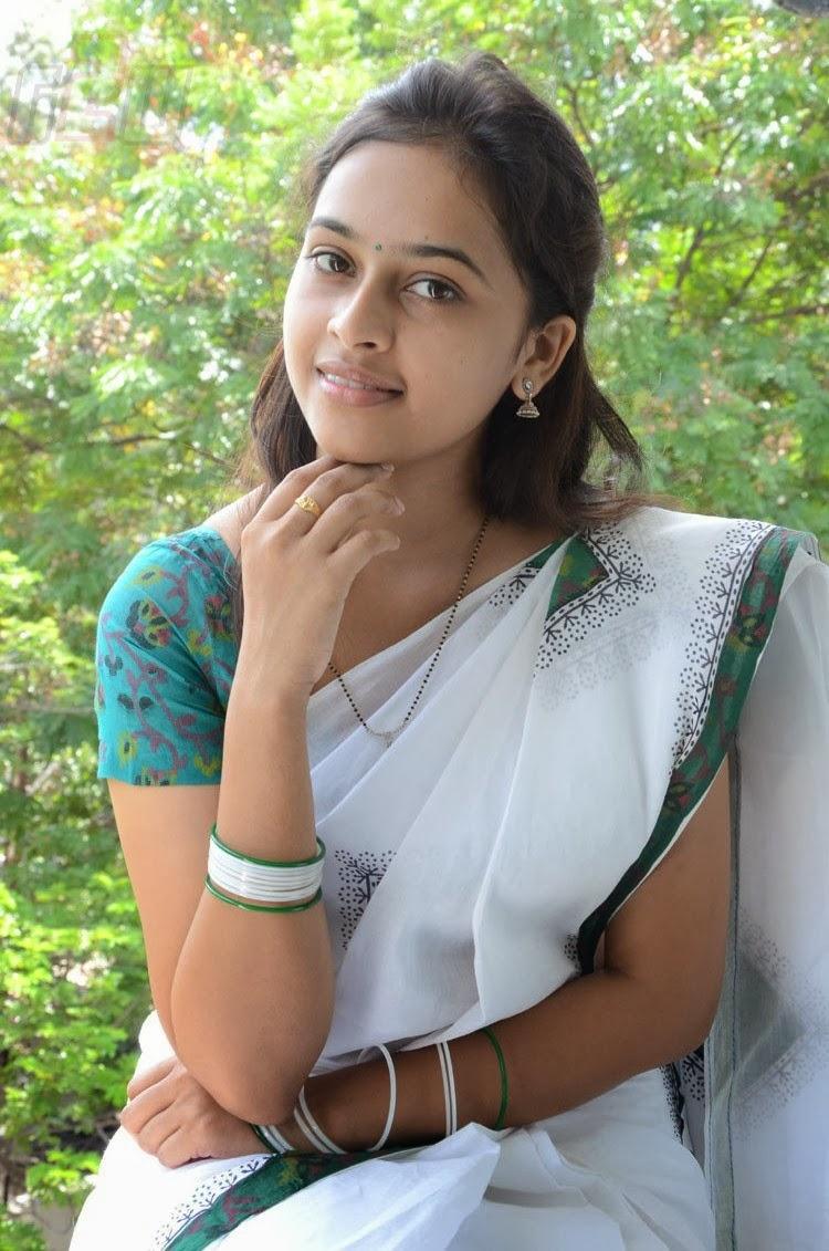 SOUTH ACTRESS SRI DIVYA LATEST PHOTO SHOOT | Gateway to ...