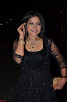 Sakshi Agarwal looks stunning in all black gown at 64th Jio Filmfare Awards South ~  Exclusive 038.JPG