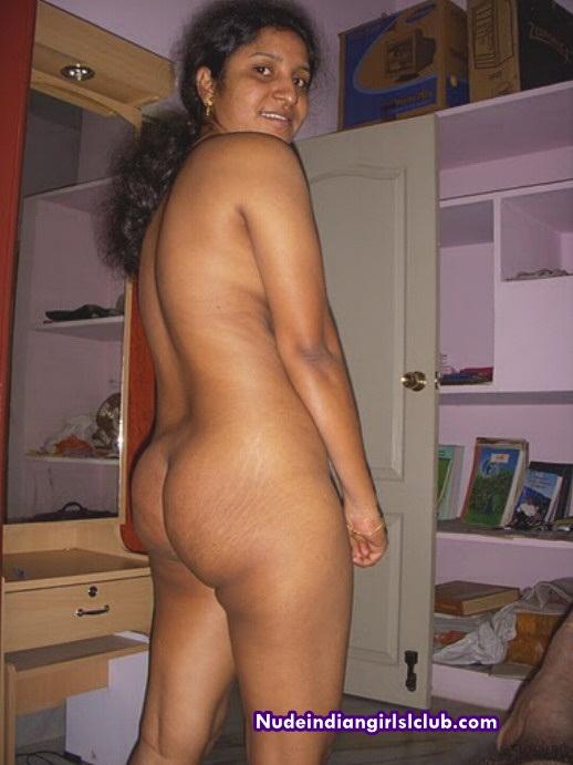 Nude Chennai Aunty
