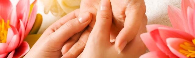 Щелкающий палец (стенозирующий лигаментит): анатомия и причины появления