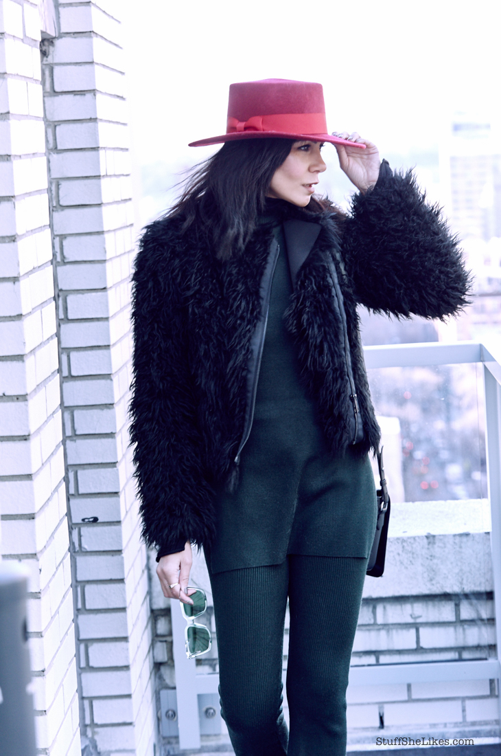 faux fur, forever 21, hats, fashion blogger, top fashion blogger, best fashion bloggers, LA fashion Bloggers, Black fashion bloggers, New york fashion blogger