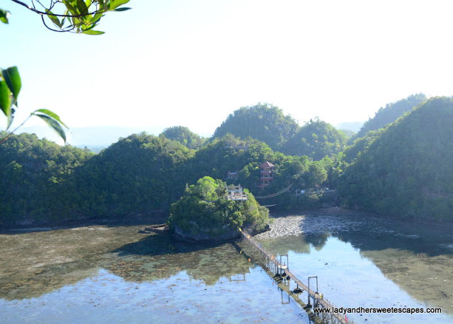 viewing deck in Latasan Resort Sipalay
