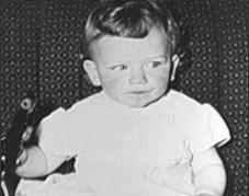 Foto de Bono cuando era niño