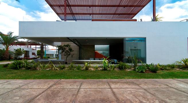 Marzua casa en per con terraza en la azotea for La casa de la azotea