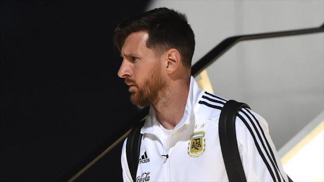 """Messi denuncia que había órdenes de Madrid de """"atacarlo"""""""