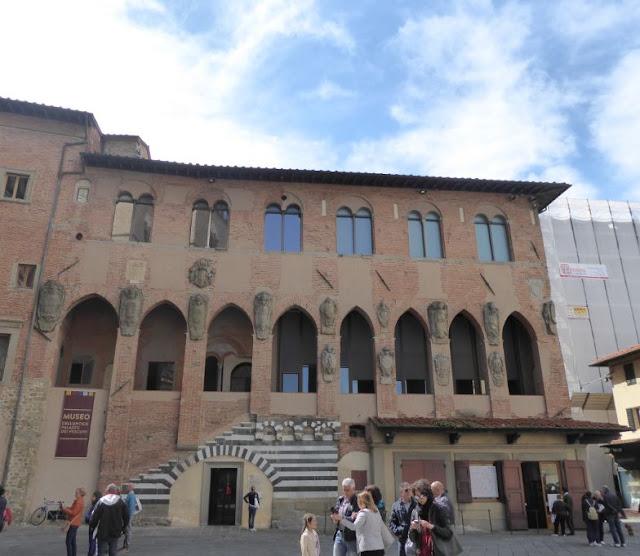 Palazzo dei Vescovi a Pistoia