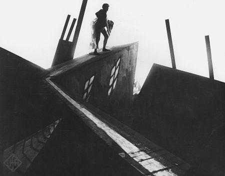 Críticas de cine: El Gabinete del Doctor Caligari, cómo la locura y la oscuridad cambió el cine