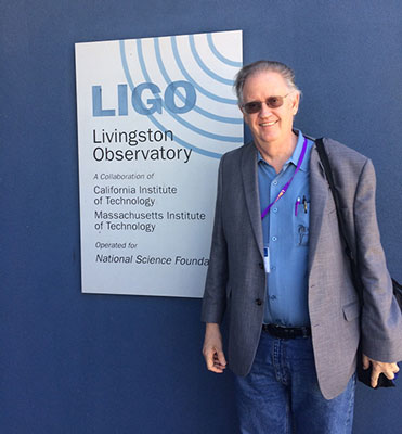 Palmia Observatory Resident Astronomer George arrives for LIGO Livingston Observatory tour
