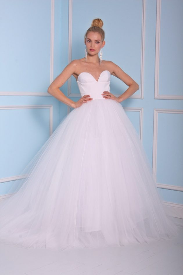 PHOTOS: CHRISTIAN SIRIANO FOR KLIENFELD SPRING 2017 BRIDAL COLLECTION!