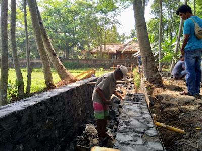 Pembangunan Drainase di Dusun Bojongjati Desa Pananjung