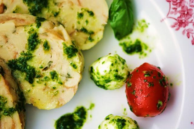 Serviettenspätzle mit Tomaten Mozzarella