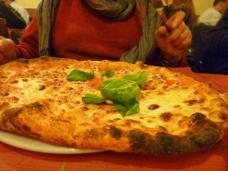 P1030841 - Três ótimas pizzas em Roma