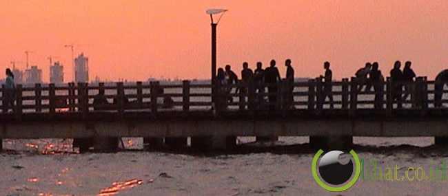 Si manis jembatan Ancol