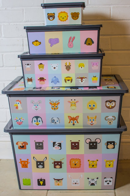 5 plastic storage boxes animal designs