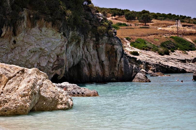 zakynthos, zante, xigia, beach, greece, lifestyle, wyspa, plaża siarkowa, calzedonia, caretta, kalamaki, laganas, grecos, tui, itaka, travelplanet, hilfiger, bonprix,