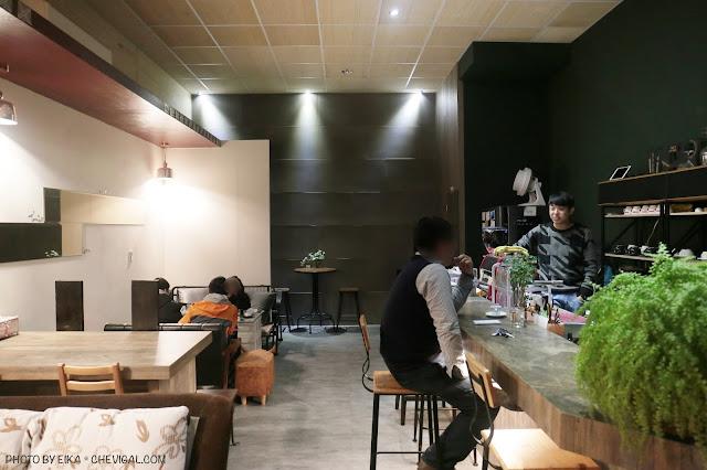 IMG 9553 - 啥!顛覆吧。沒有招牌的超神秘咖啡廳!超酷的黑糖expresso粉粿是深夜限定!