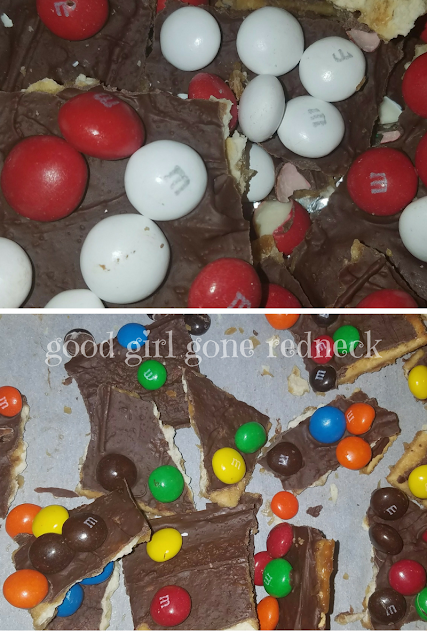 #HousefulofCookies, Saltine Treat, cookies, holiday dessert, holiday gift, cookie crack, chocolate toffee treats, easy recipe