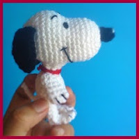 Mini Snoopy amigurumi