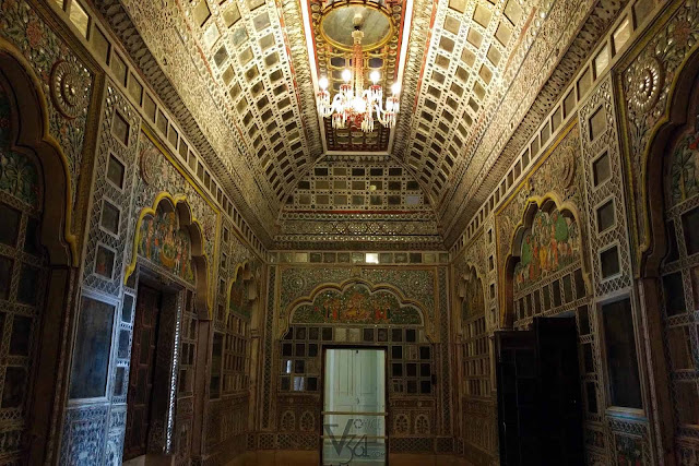 Ravishing interiors of the Sheesh Mahal