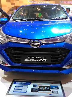 Daihatsu SIGRA Sensasi Kenyamanan Mobil Murah Keluarga