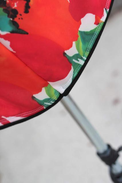 Itch to Stitch Lindy Petal Skirt, Mood Fabrics Scuba knit - hem
