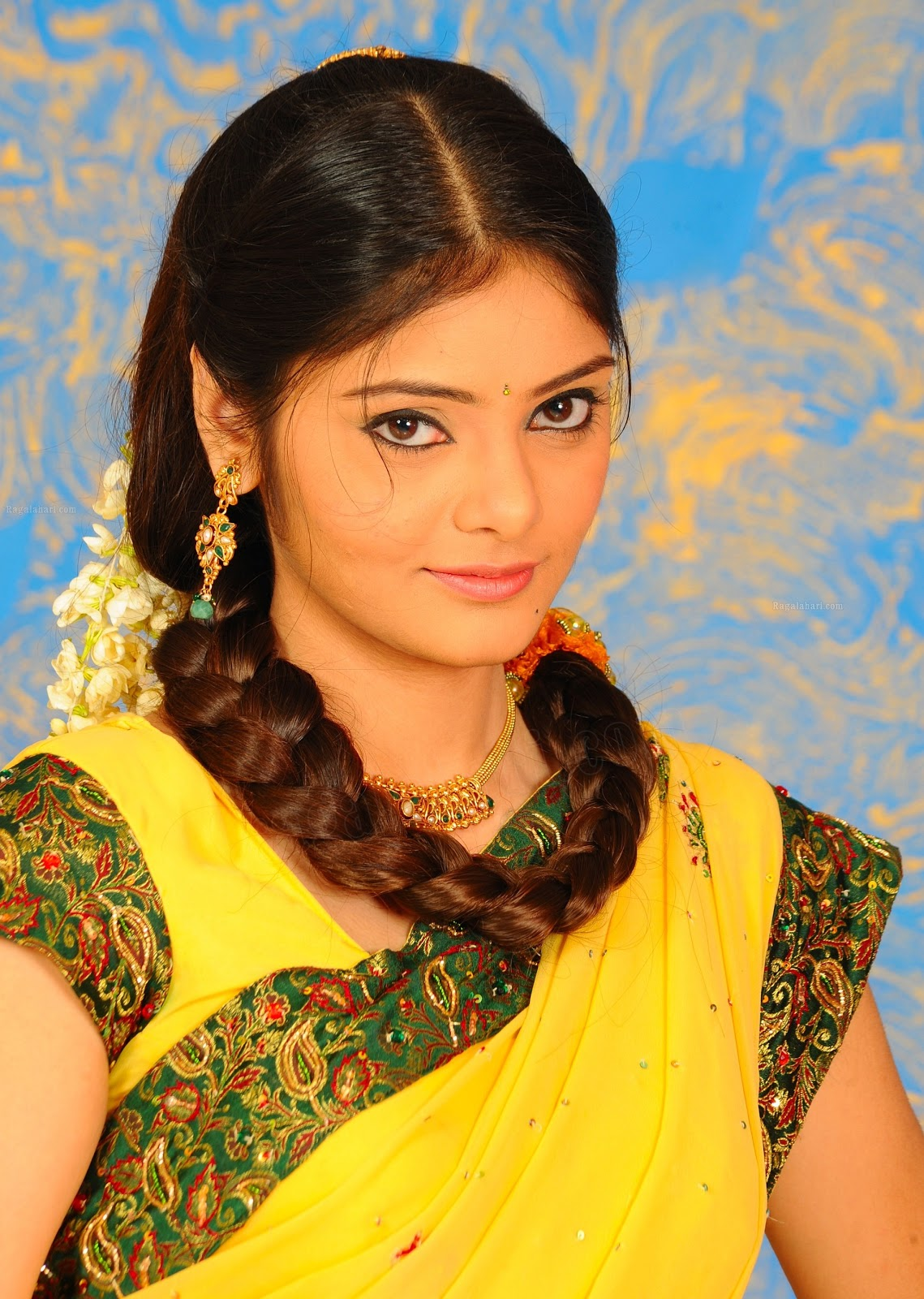 My Country Actress Telugu Heroine Aishwarya Hd Photos-6865