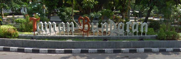 Taman Bundaran GKB