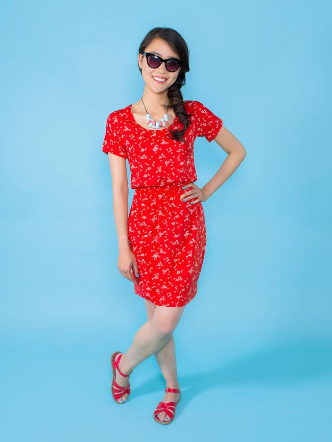 45ff45b84524 Bettine dress från Tilly and the Buttons är lite lik min klänning också,  även om resåren i midjan skiljer. Det här är också ett väldigt populärt  mönster, ...