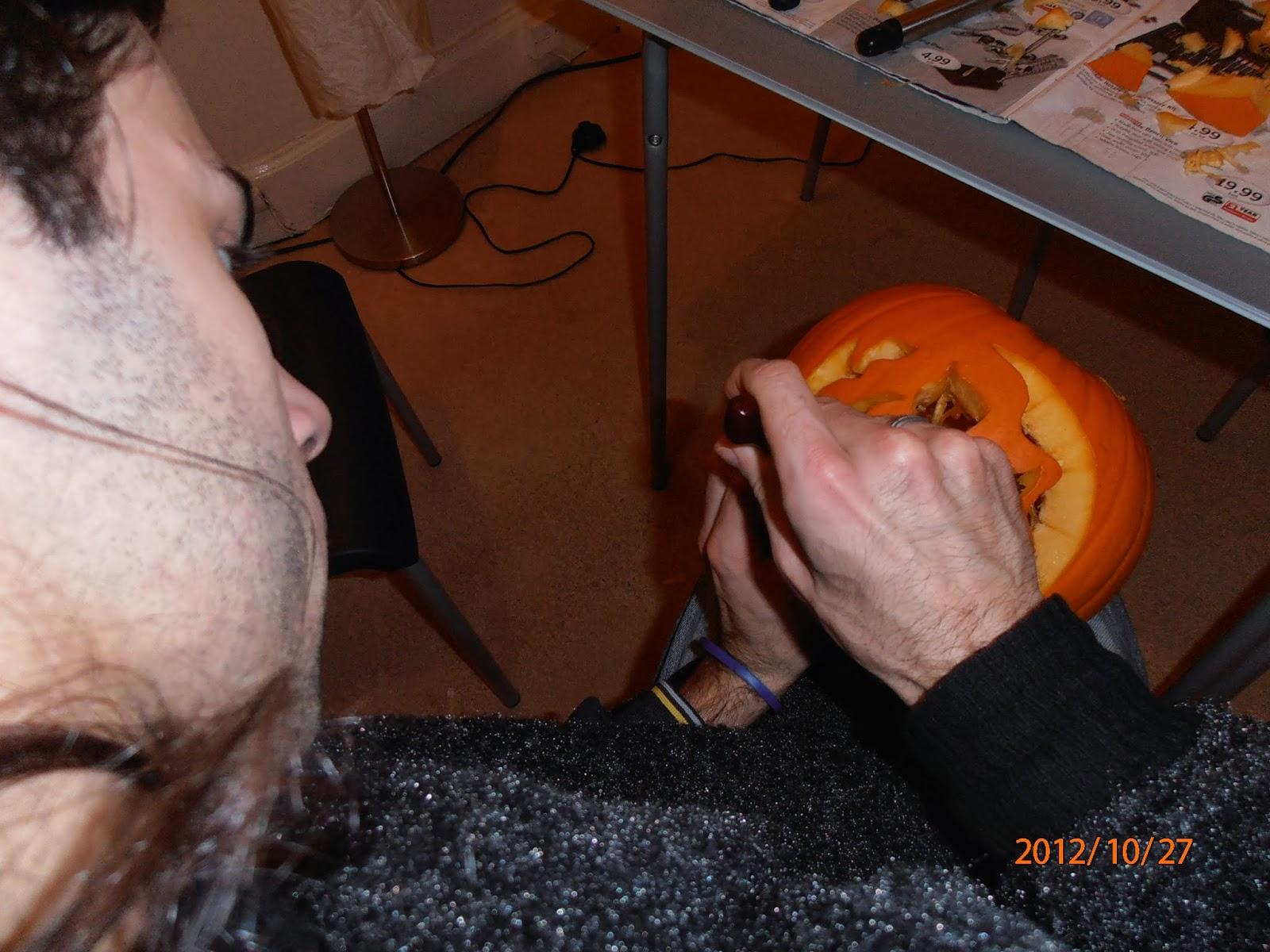 Halloween-i tökfaragásnál óvatosnak kell lenni!