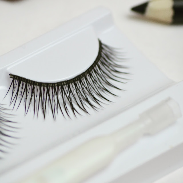 Lovelaughslipstick blog - fashion beauty health and lifestyle blogger reviewing Threads Beauty Angel Lashes False Eyelashes