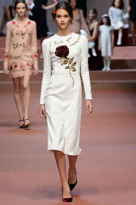 Sandrinio s Blog  Dolce   Gabbana Fall 2015 Ready-to-Wear 4fa137bd56e