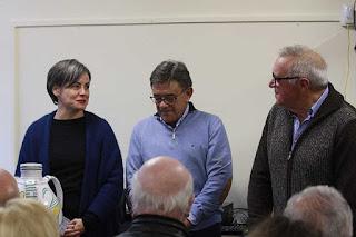 Sonia Puente agradece el Premio Barbón de Faro