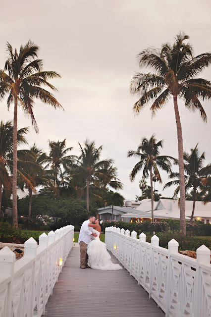 captiva island bride and groom