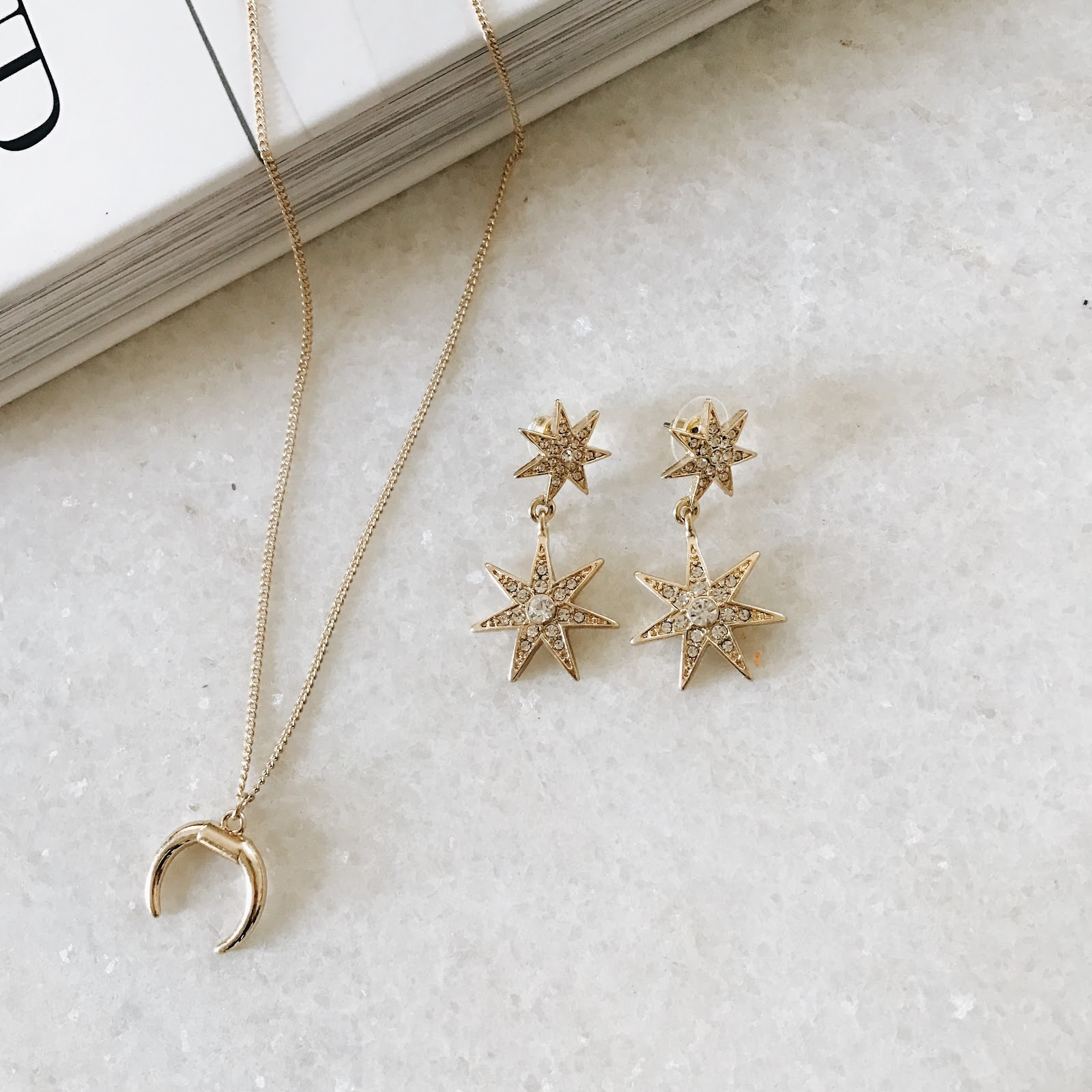 Delicate gold jewelry | horn necklace, star earrings