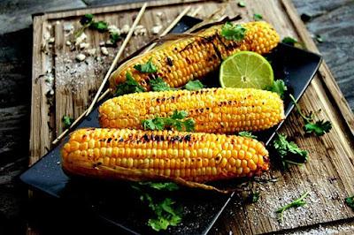 الذرة غذاء يسبب عسر الهضم