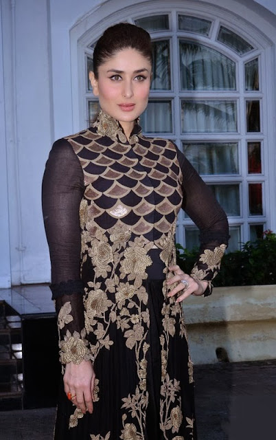 Kareena Kapoor in Anamika Khanna Black and Gold Anarkali Dress