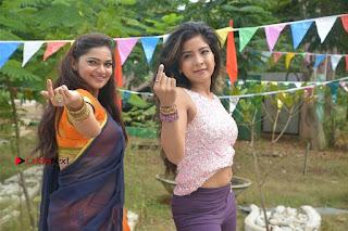 Jeevan Dimple chopade Aswini Sakshi Agarwal Starring Jeikkira Kuthirai Tamil Movie Spicy Stills  0062.jpg