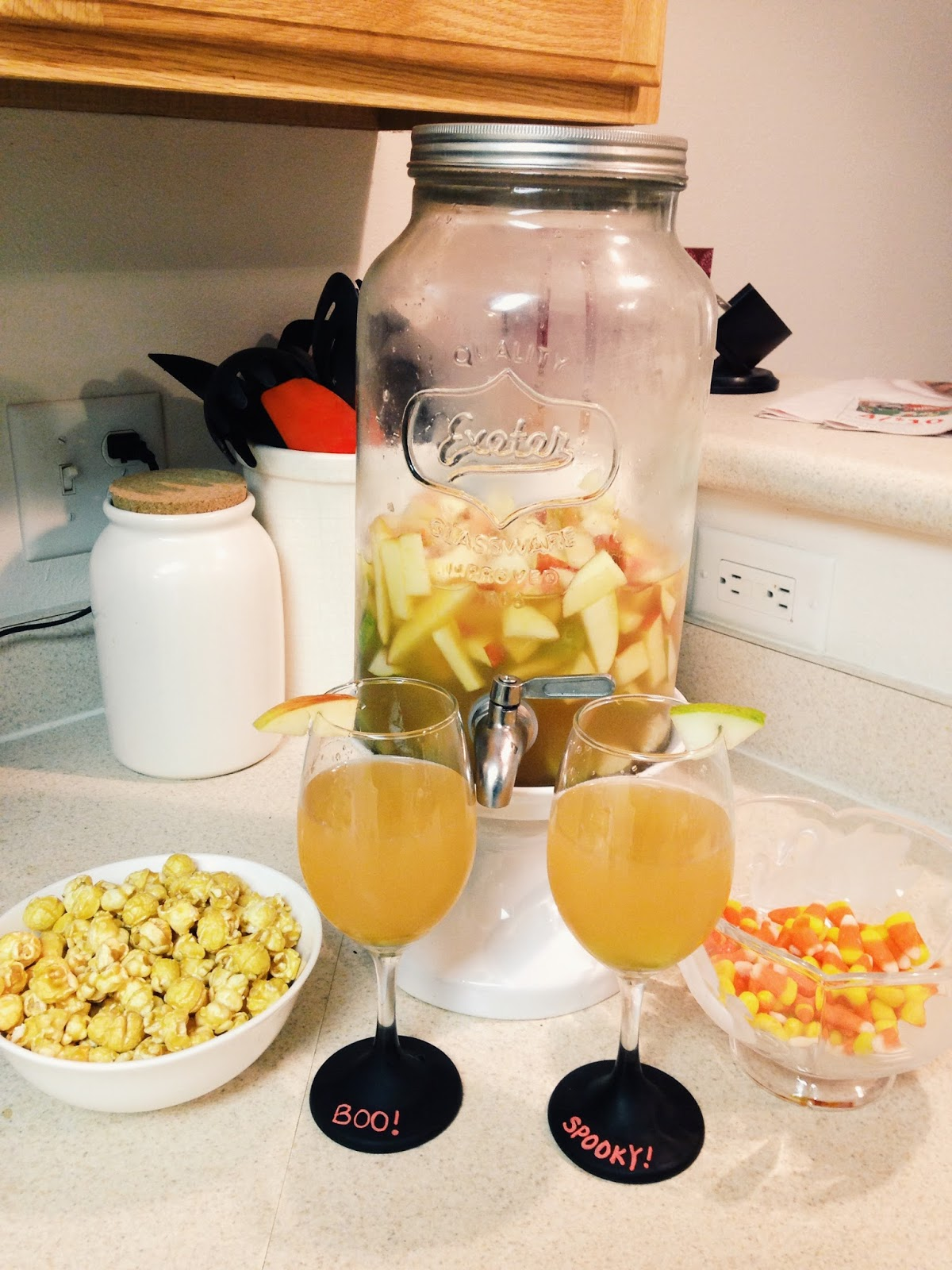caramel apple sangria fall apple drink